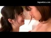 Dwie Lesbijki - Azjatki